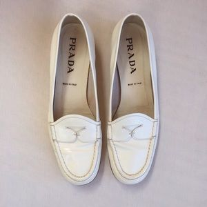 PRADA GLOSSY LEATHER LOAFERS